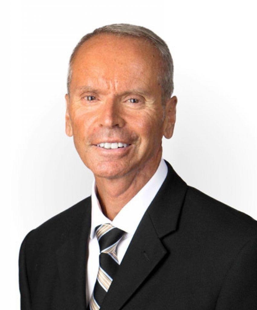 Headshot Greg B